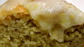 Νηστίσιμο κέικ λεμονί με αβοκάντο