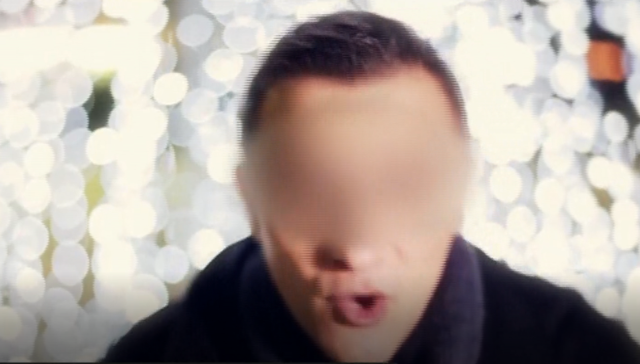 Αυτός είναι ο Έλληνας δραπέτης τραγουδιστής που συνελήφθη στην Ομόνοια (φωτο)