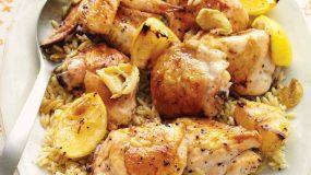 Ζουμερό κοτόπουλο στο φούρνο με κριθαράκι