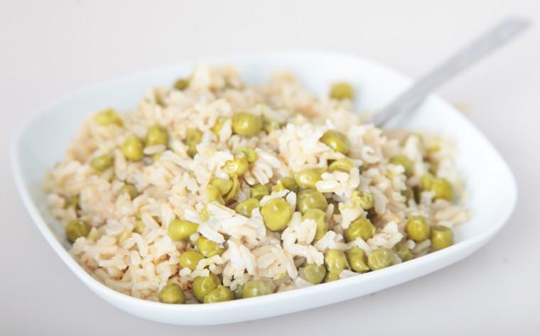 Νηστίσιμη συνταγή- Πιλάφι με αρακά χωρίς λάδι