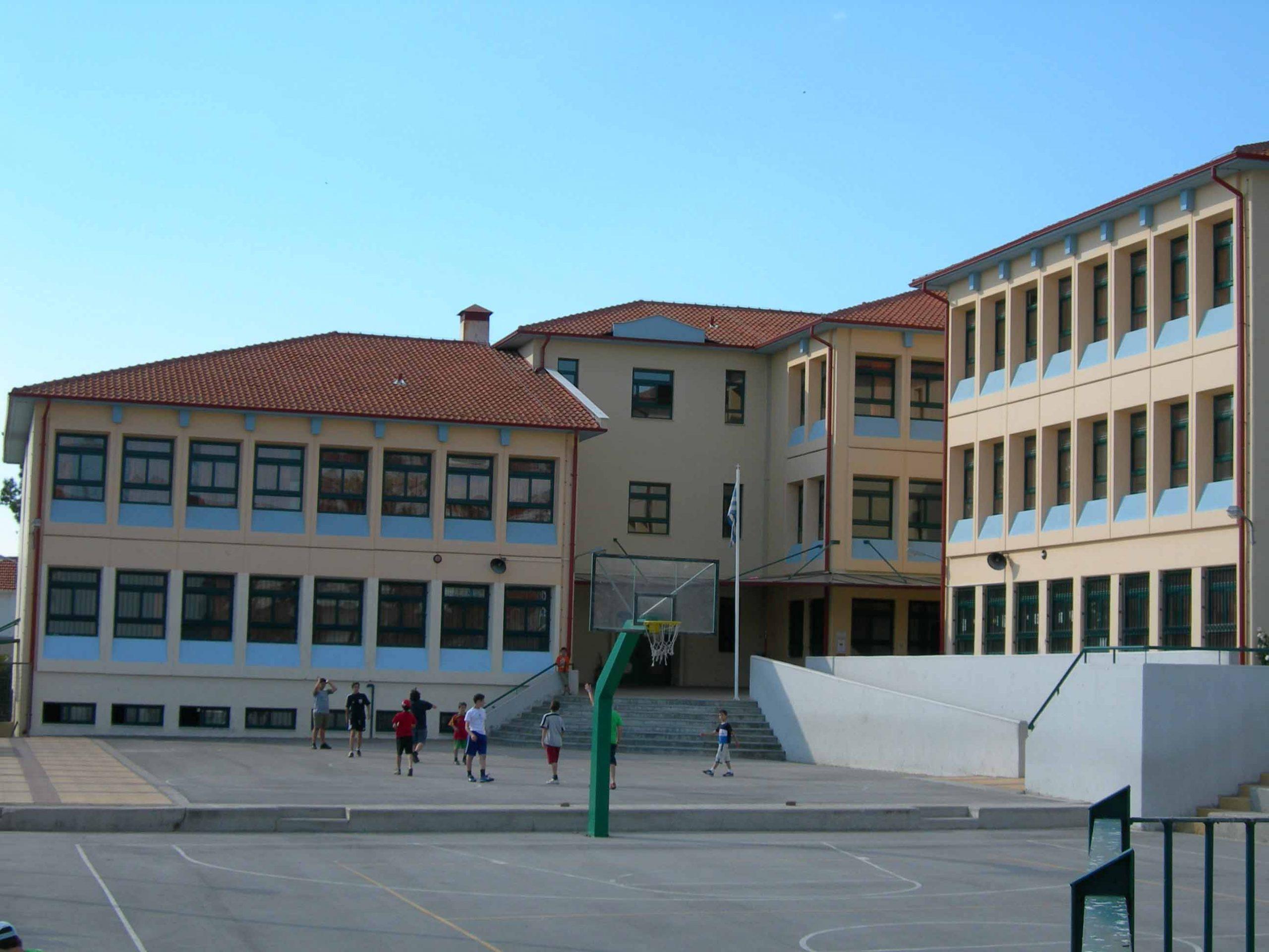 Υπουργείο Παιδείας: Στις 9 θα ξεκινούν Γυμνάσια και Λύκεια