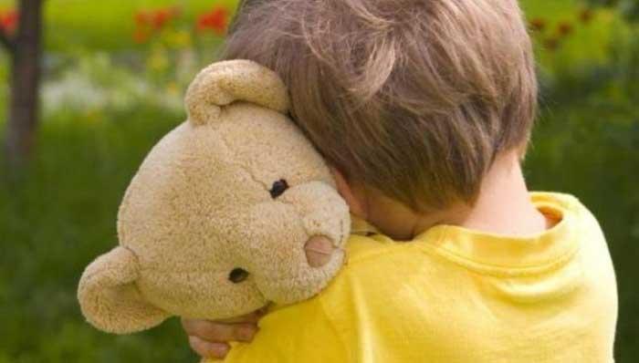 7 τρόποι για να σταματήσουμε να μεταδίδουμε τους φόβους μας στα παιδιά μας!