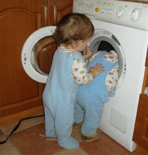 Θα κλάψετε! 14 φωτογραφίες που επιβεβαιώνουν ότι η ησυχία είναι ύποπτη όταν έχεις παιδιά