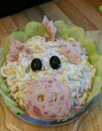 Μακαρονοσαλατα σε σχήμα γουρουνάκι! Η τέλεια σαλάτα για παιδικό παρτυ
