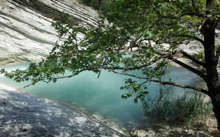 Ο άγνωστος παράδεισος της Αιτωλοακαρνανίας που λίγοι γνωρίζουν και αξίζει να επισκεφθείτε!