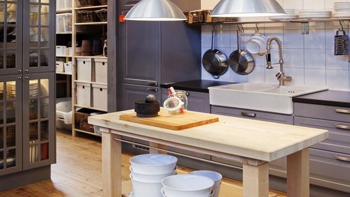 Το σκεύος που όλοι έχουν στην κουζίνα αλλά μπορεί να βλάψει σοβαρά την υγεία