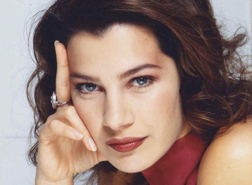 Βίκυ Μαραγκάκη: Πώς είναι σήμερα η πανέμορφη ηθοποιός των σήριαλ των ΄90ς (εικόνες)