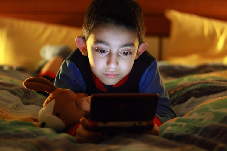 Τα παιδιά σήμερα έχουν μικρότερη διάρκεια συγκέντρωσης (ακόμα και από τα χρυσόψαρα)
