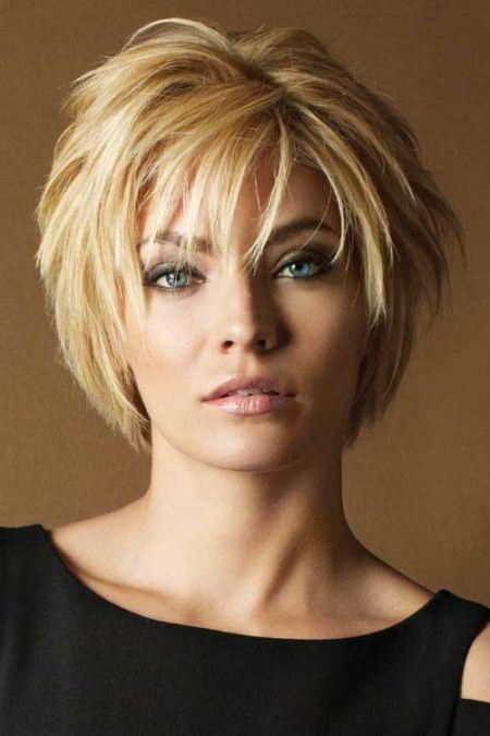 Υπέροχες ιδέες για χτενίσματα και κουρέματα για κοντά μαλλιά που θα αγαπήσετε!
