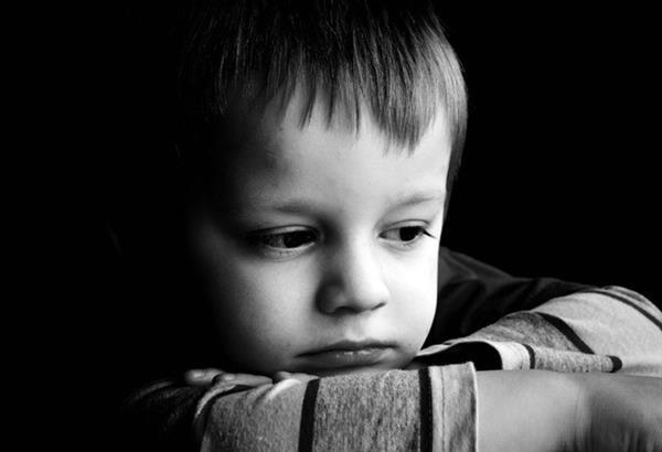 Η παιδική ψυχασθένεια που τώρα έχει φτάσει σε αναλογίες επιδημίας, σύμφωνα με τον ψυχιάτρο Λουίς Ρόχας Μάρκος!