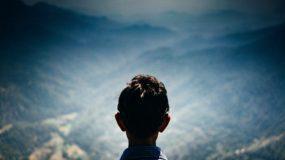 """Γιατί δεν πρέπει να λέμε """"πρόσεχε"""" στα παιδιά; Οι κίνδυνοι που υπάρχουν πίσω από αυτή τη λέξη"""