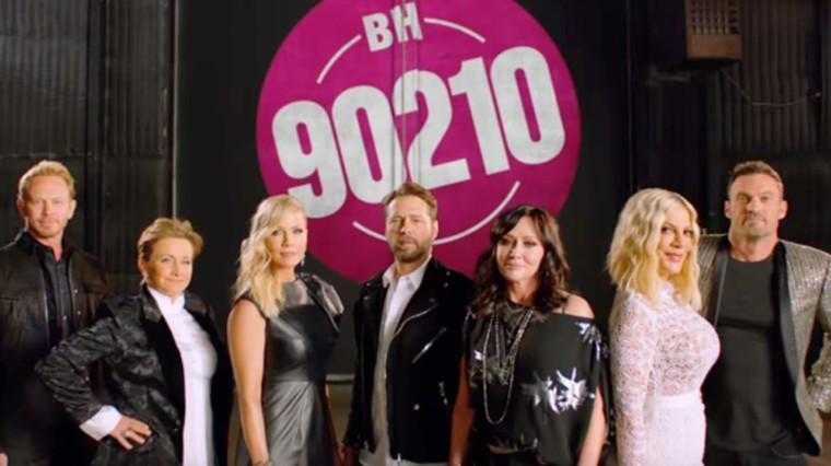 Το πρώτο επίσημο trailer του Beverly Hills 90210 είναι εδώ και… δεν κρατιόμαστε!