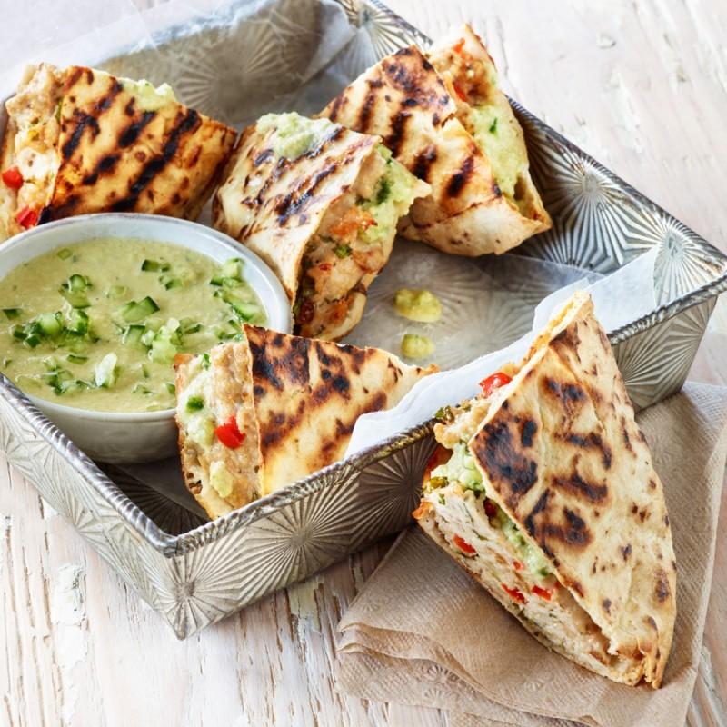 Εύκολες συνταγές με πίτα από σουβλάκι και αραβική