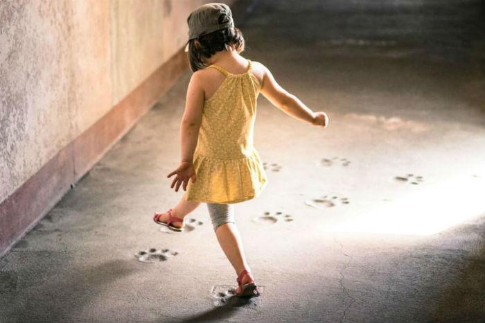 Τα παιδιά είναι σαν το υγρό τσιμέντο, ό,τι πέφτει πάνω τους, αφήνει αποτύπωμα-H. Ginott