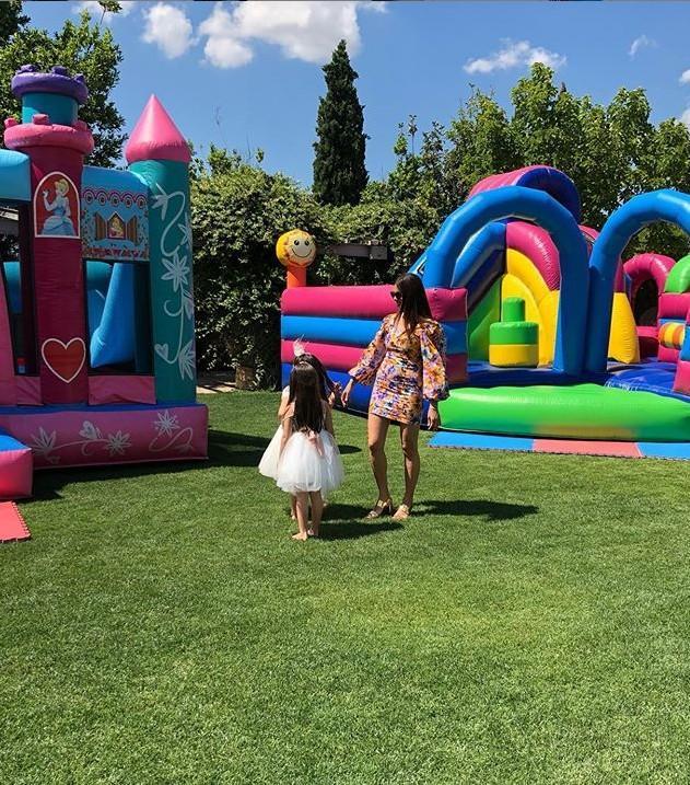 Το εντυπωσιακό πάρτι γενεθλίων που διοργάνωσε η Σταματίνα Τσιμτσιλή για τις κόρες της