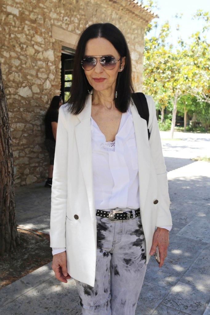 Ελληνίδα πασίγνωστη ηθοποιός έγινε 71 και ποζάρει πιο όμορφη από ποτέ