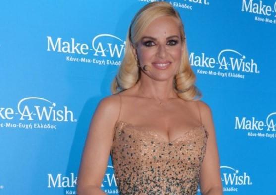Μαρία Μπεκατώρου: Έκλεψε τις εντυπώσεις με το glittered φόρεμα της σε εκδήλωση για καλό σκοπό! (εικόνες)