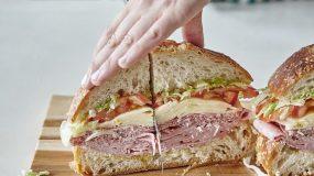 Πώς να φτιάξετε ένα τεράστιο σάντουιτς για το παιδικό πάρτι
