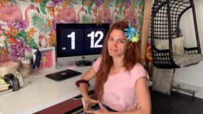 Η Μαίρη Συνατσάκη μας δείχνει το μοντέρνο και φωτεινό διαμέρισμά της