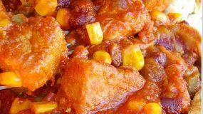 Χοιρινό πικάντικο κατσαρόλας μούρλια!!