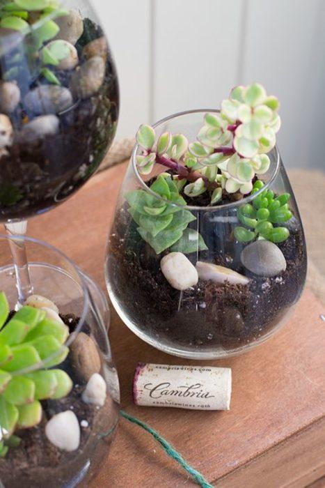Μόλις δείτε τι μπορείτε να Φτιάξετε με μερικά ποτήρια Κρασιού, και θα ξετρελαθείτε! Υπέροχες δημιουργίες!