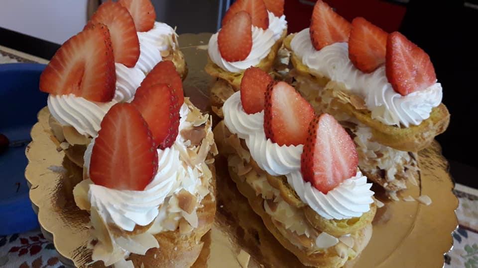 Σου με φράουλες και σαντιγί  σκέτη απόλαυση!