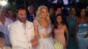 Στράτος Τζώρτζογλου – Σοφία Μαριόλα: Ο παραδοσιακός γάμος τους στην Κρήτη! Φωτογραφίες και βίντεο