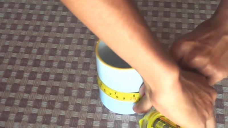 DIY διακόσμηση: Δείτε πώς θα Βάλετε μια Φωτογραφία Πάνω στην αγαπημένη σας κούπα