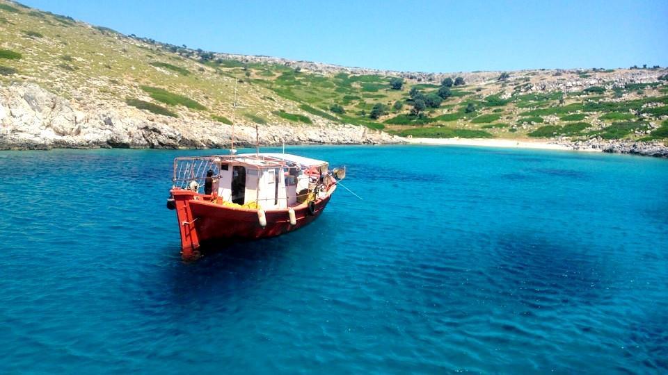 Τρία μοναδικά νησάκια του Αιγαίου για να κάνεις διακοπές με 50 ευρώ τη μέρα! All included!