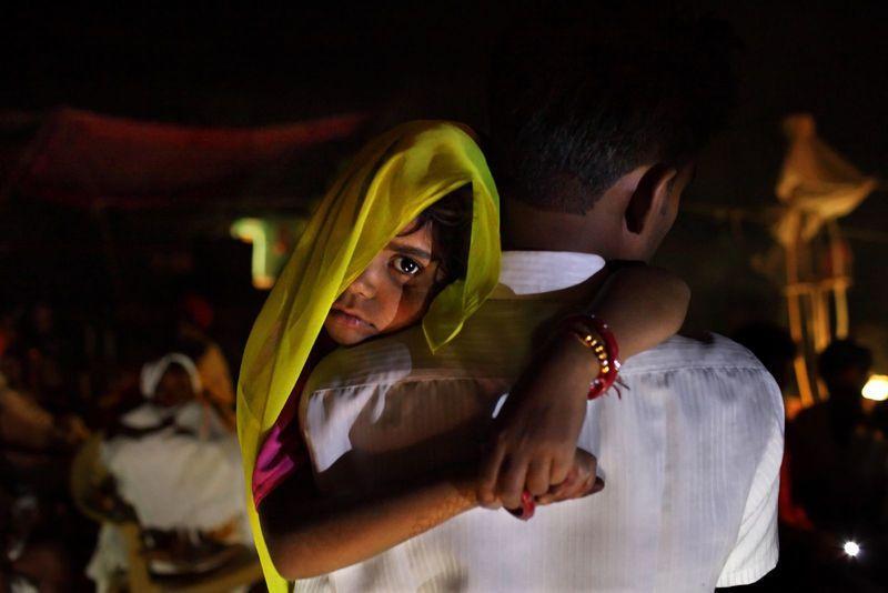 Γάμοι ανήλικων kοριτσιων: 6 Αληθινές ιστορίες που συγκλονίζουν
