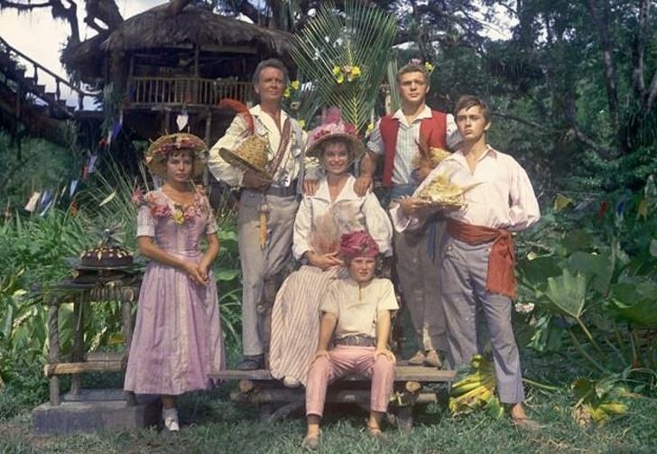1960: Swiss Family Robinson