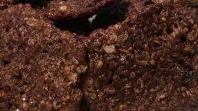 Συνταγή για παιδιά-Cookies χωρίς ζάχαρη και γλουτένη με μόνο 3 ΥΛΙΚΑ