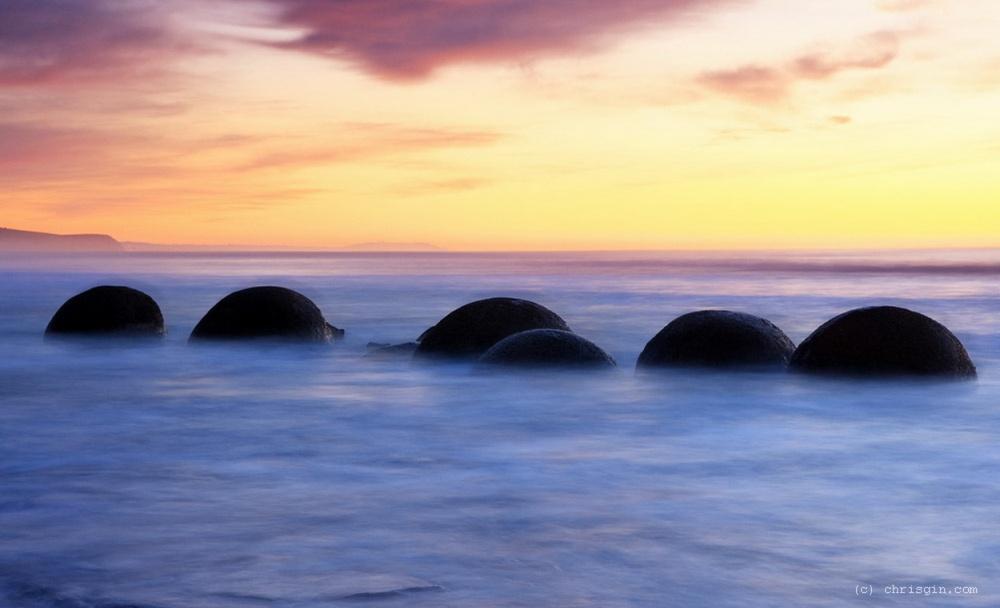 Σφαιρικοί ογκόλιθοι στη Νέα Ζηλανδία
