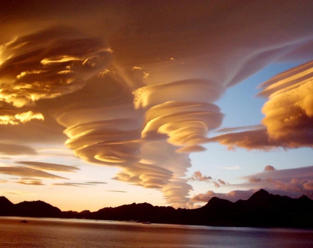 Φακοειδή σύννεφα
