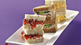 3 Διαφορετικές συνταγές για σαντουιτσάκια απο την Αργυρώ που θα σας βγάλουν ασπροπρόσωπους στο επόμενο πάρτι