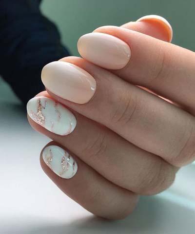 Νύχια σε απαλές και nude αποχρώσεις που θα λατρέψουν όλες οι γυναίκες! Απλά και με σχέδια, είναι τα πιο εντυπωσιακά του καλοκαιριού.