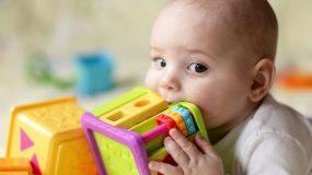 Γονείς προσοχή: Μη δώσετε ποτέ στο παιδί σας κάτι από αυτά! Μεγάλος κίνδυνος πνιγμού (φωτο)