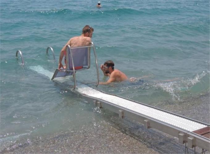 Αυτές είναι οι παραλίες που διαθέτουν ράμπες για ΑΜΕΑ