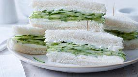 Ελαφριά σάντουιτς με φρέσκο αγγουράκι και φιλαδέλφεια!