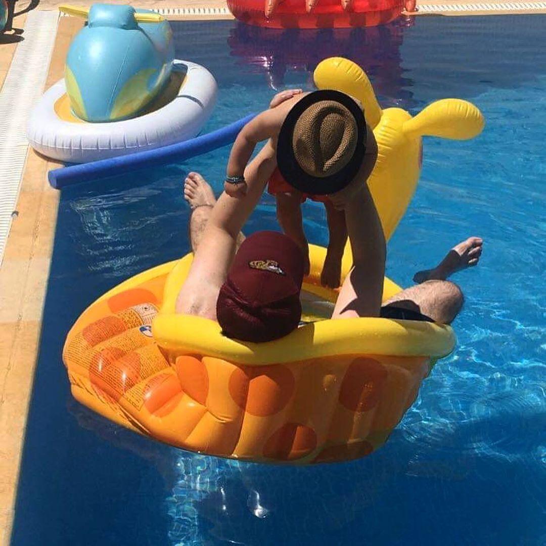 Δείτε το υπέροχο πάρτι σε πισίνα που διοργάνωσε ο Γιώργος Παπαδόπουλος για τα πρώτα γενέθλια του γιου του!