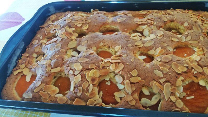 Καλοκαιρινό  κέικ Βερίκοκο με ινδοκάρυδο!