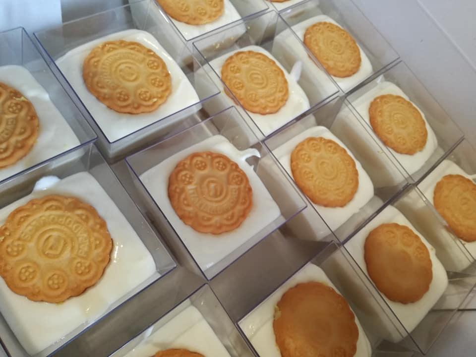 Ατομικά γλυκάκια lemon pie για κέρασμα