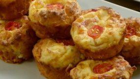 Κολατσιό στο σχολείο: Αλμυρά muffins με κιμά γαλοπούλας  και ντοματα