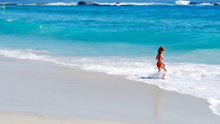 Τι να κάνετε αν το παιδί φοβάται τη θάλασσα