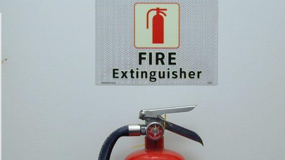 Πως να προφυλαχθούμε σε περίπτωση που έρθουμε αντιμέτωποι με πυρκαγιά! Οι επίφοβες εστίες φωτιάς στο σπίτι μας που δεν φαντάζεστε! Ένας πυροσβέστης μας συμβουλεύει!