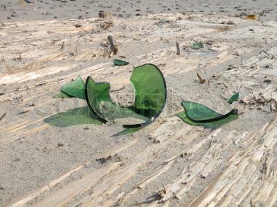 Πάτησε το παιδί σας η εσείς αχινό, δράκαινα, ή κάτι κοφτερό στην παραλία; Δείτε πρώτες βοήθειες και πως θα απαλύνετε τον πόνο!