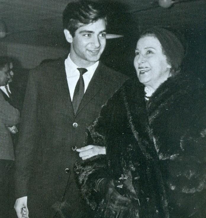 Αυτός ο πασίγνωστος και αγαπημένος Έλληνας ηθοποιός είναι εγγονός της Κατίνας Παξινού