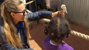 Η εξομολογητική συνέντευξη της Βίκυ Βολιώτη για την υιοθετημένη kόρη της «Την Άννα την πρωτοπήρα αγκαλιά όταν ήταν 30 ημερών»