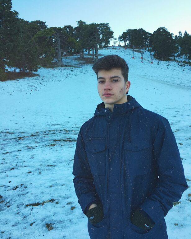 Μυρτώ Αλικάκη-Δημήτρης Λαγούτης.Ο γιος τους ειναι 17 και είναι ένας κούκλος !