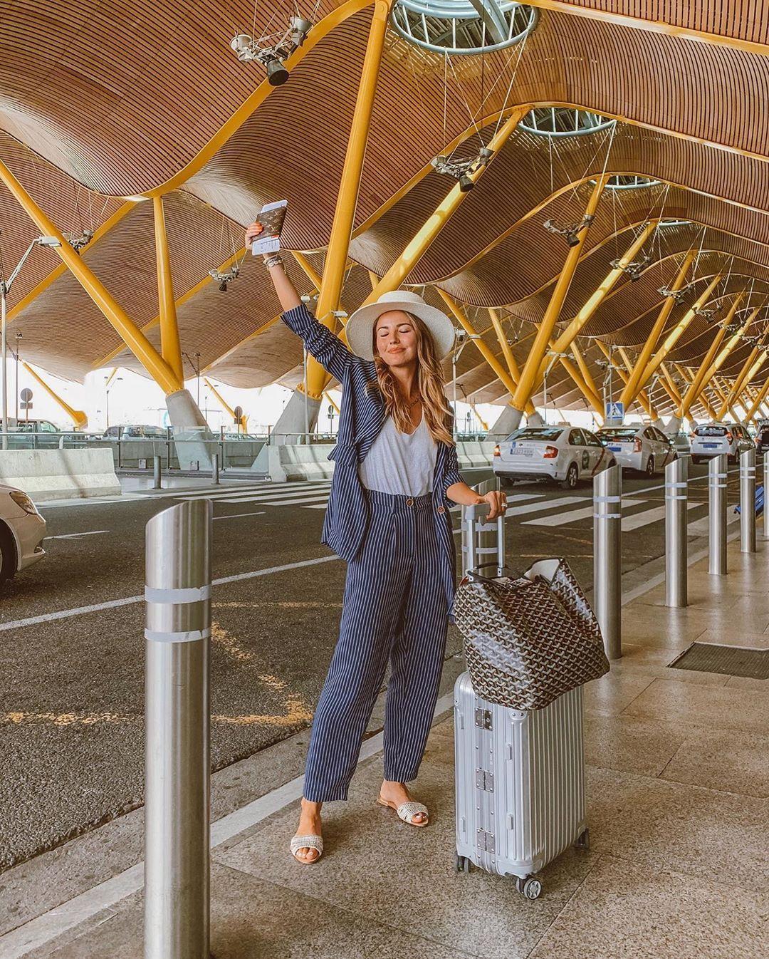 Πως να ντυθώ στο ταξίδι; 11 Looks για να δείχνεις πιο στυλάτη και κομψή με...βαλίτσες!